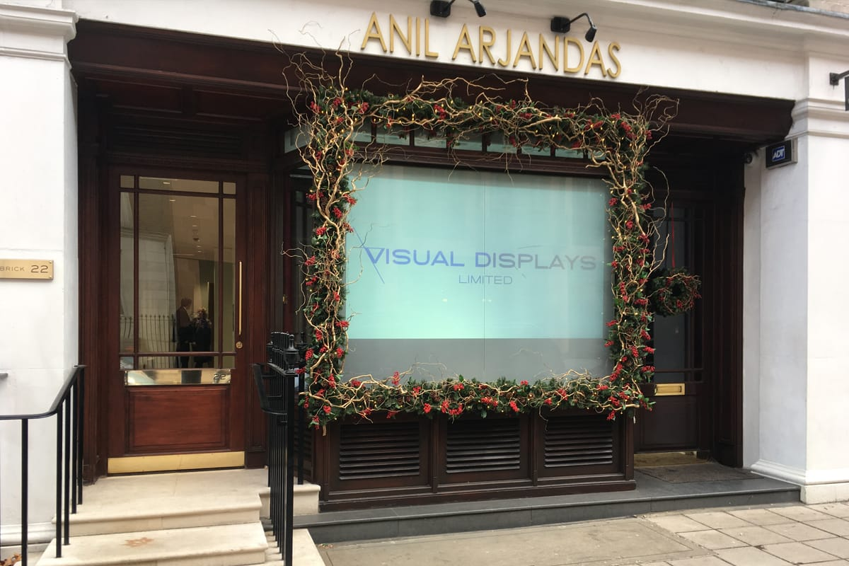 Digital Signage+Retail Displays+Rear Projection+Projection Screens and Solutions - Switchable Film - Anil Arjandas Jewellers 1