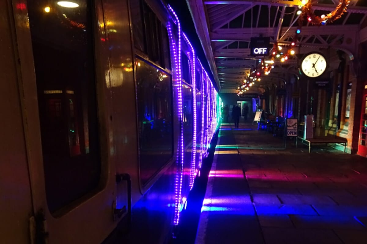 Xmas train lights 2.jpg