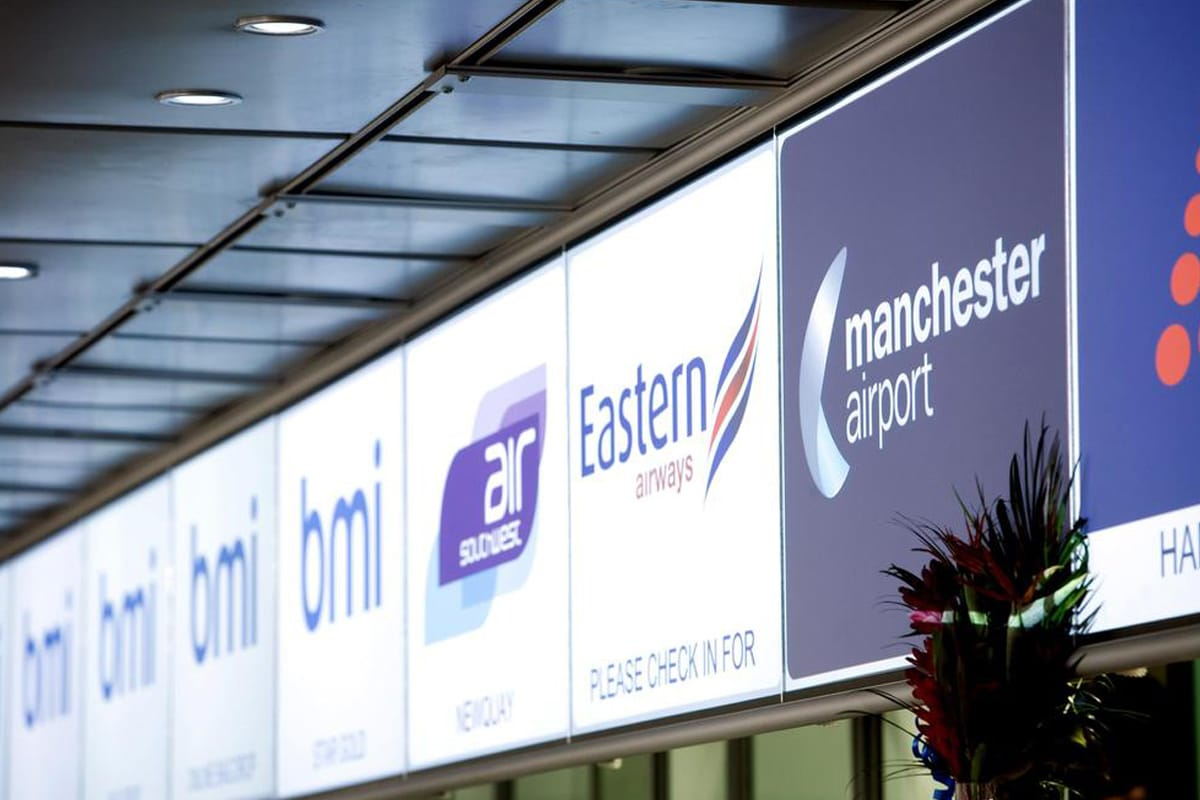 Digital SIgn 10 - dnp SN One - Manc Airport